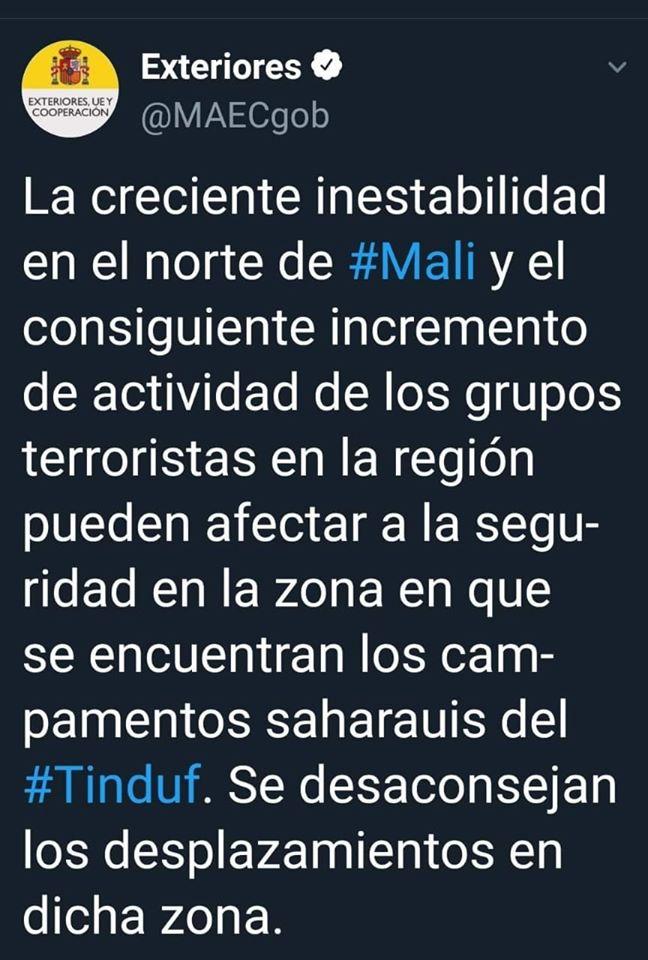 Copia del Twitter posteado por el Ministerio de Asuntos Exteriores previniendo a turistas y viajeros que eviten visitar los campamentos saharauis por temor a amenazas terroristas.